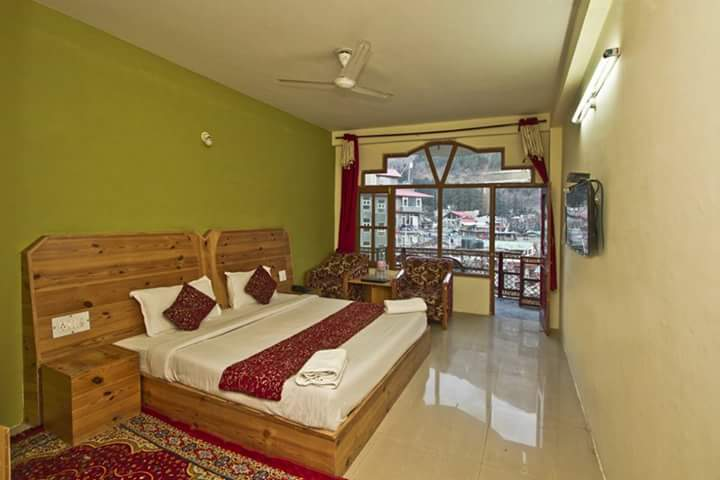 standard Exotic Manali  Tour Package
