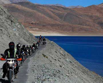 LEH LADAKH BIKE TRIP 7 DAYS( LEH TO LEH)